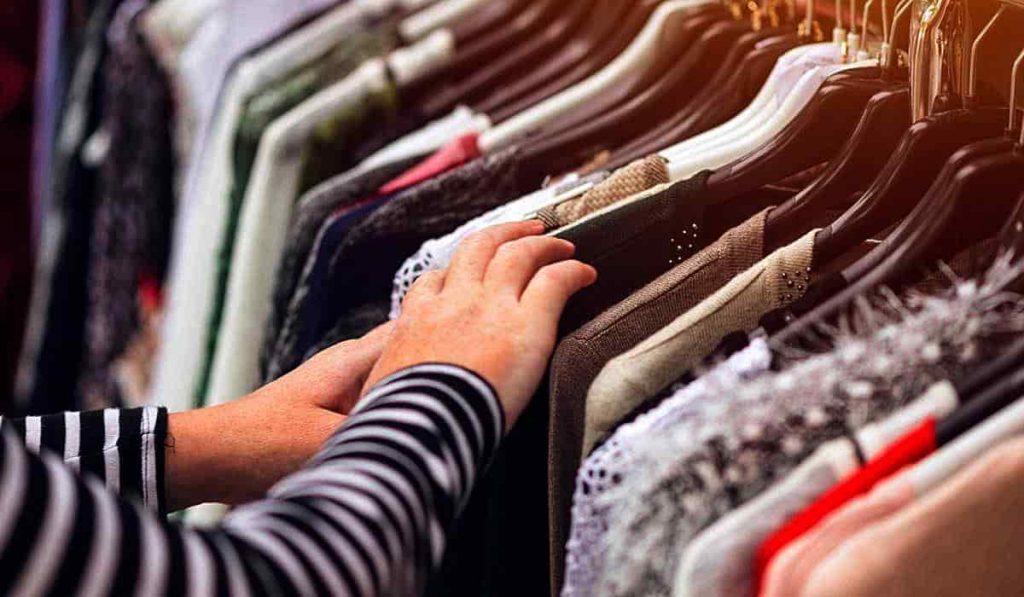 ventajas de comprar ropa de segunda mano